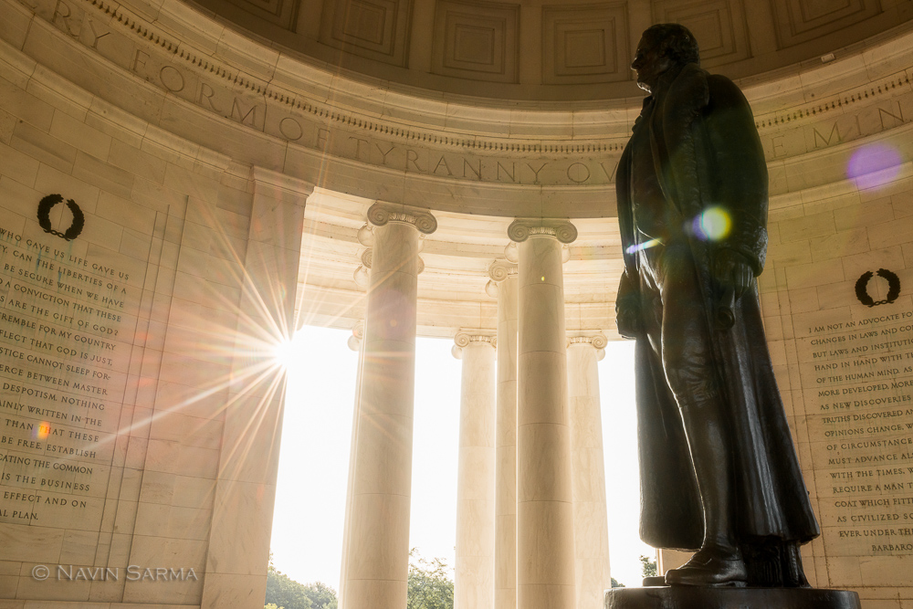 Sun streams into the Jefferson Memorial