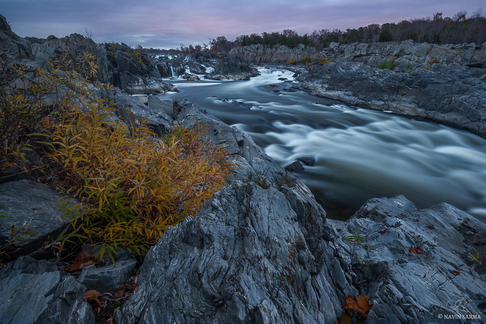 Autumn colors line the edges of Great Falls National Park