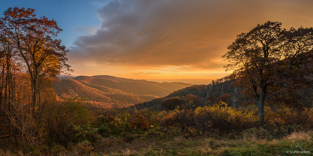 The sun basks the hills of the Shenandoah during an autumn sunrise